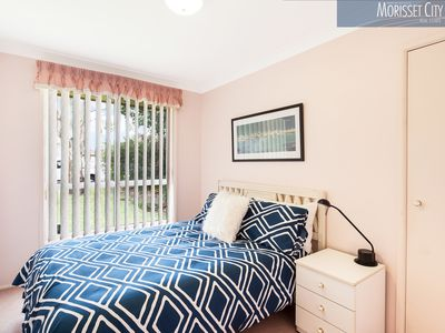 12 Ravenswood Street, Mannering Park