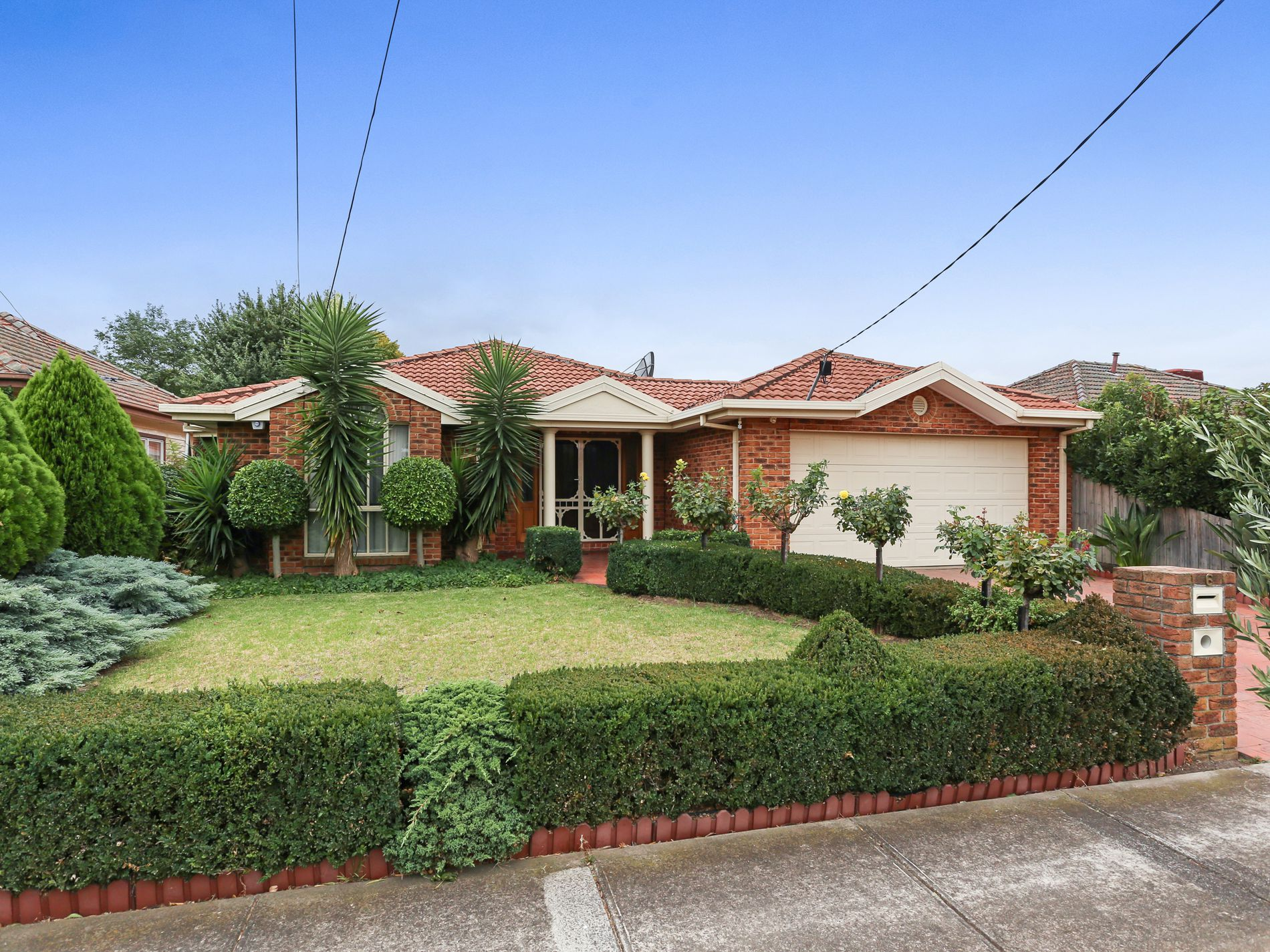 6 Patience Street, Hadfield