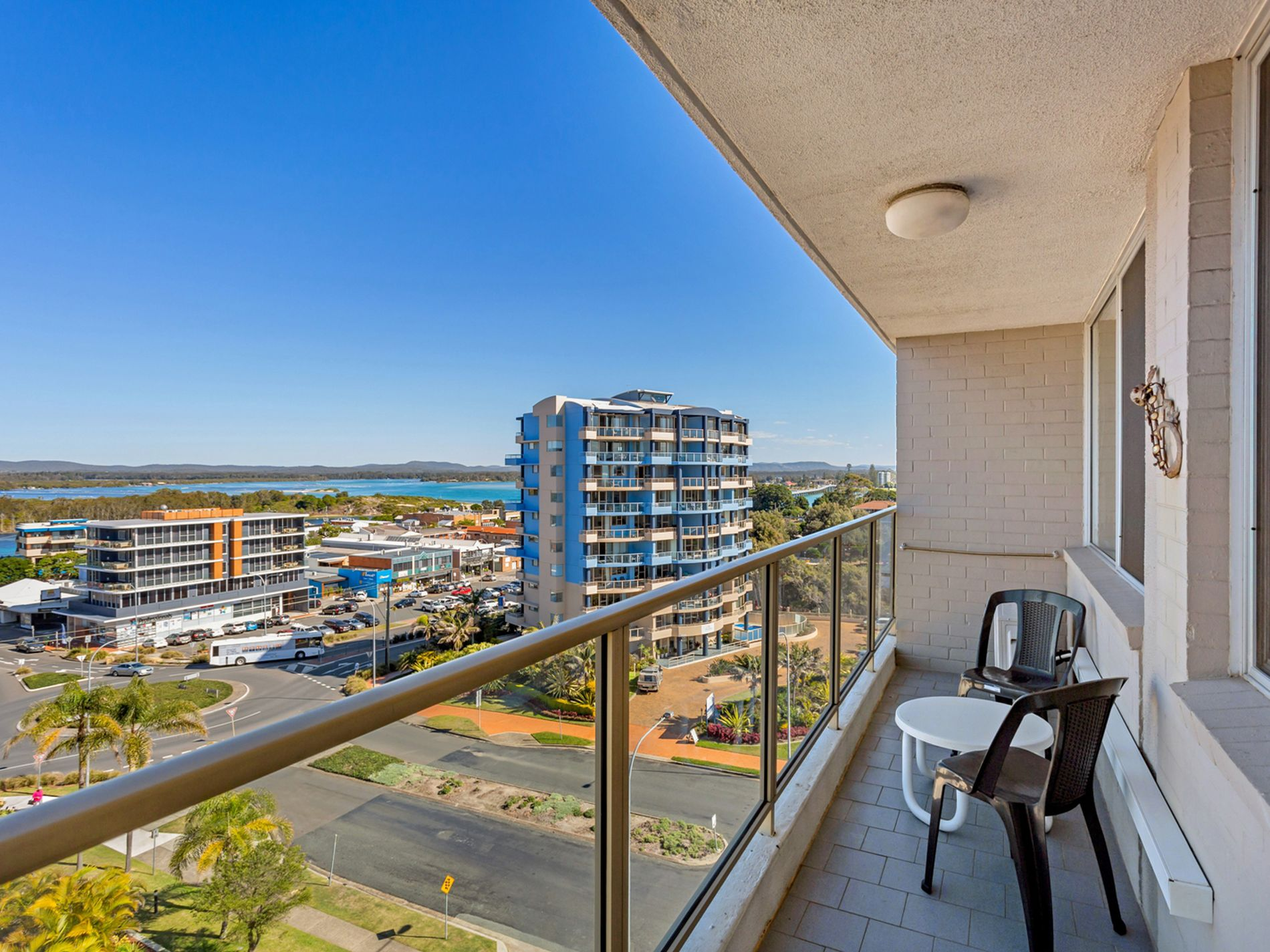 35 / 2 North Street, Forster