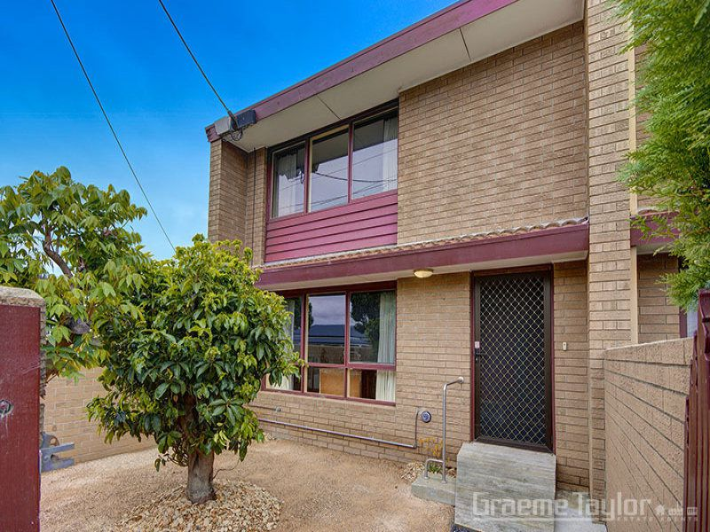 6 / 90 West Fyans Street, Newtown