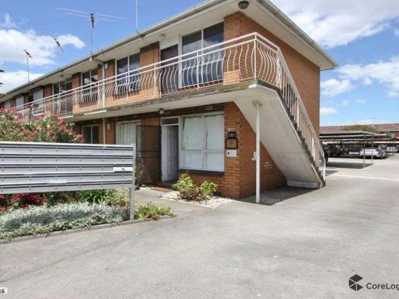 4 / 181 Geelong Road, Seddon