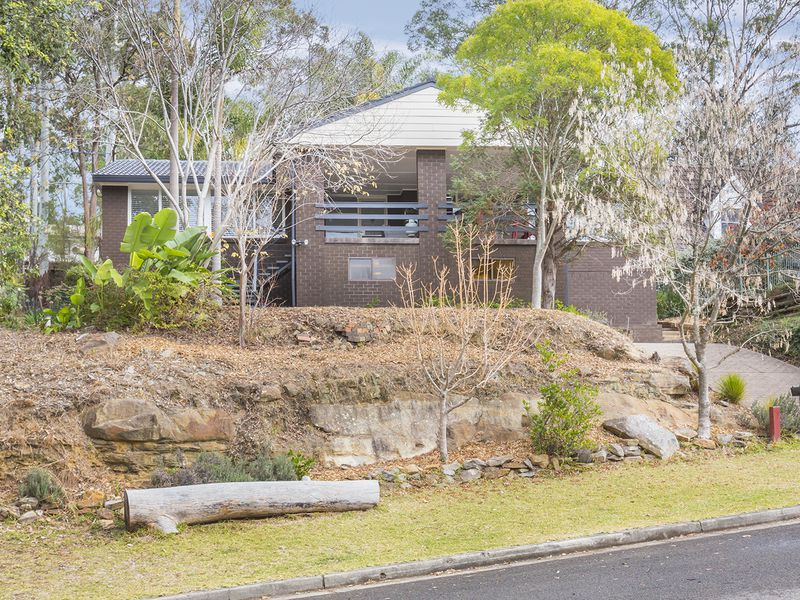 4 Johnson Place, Springwood