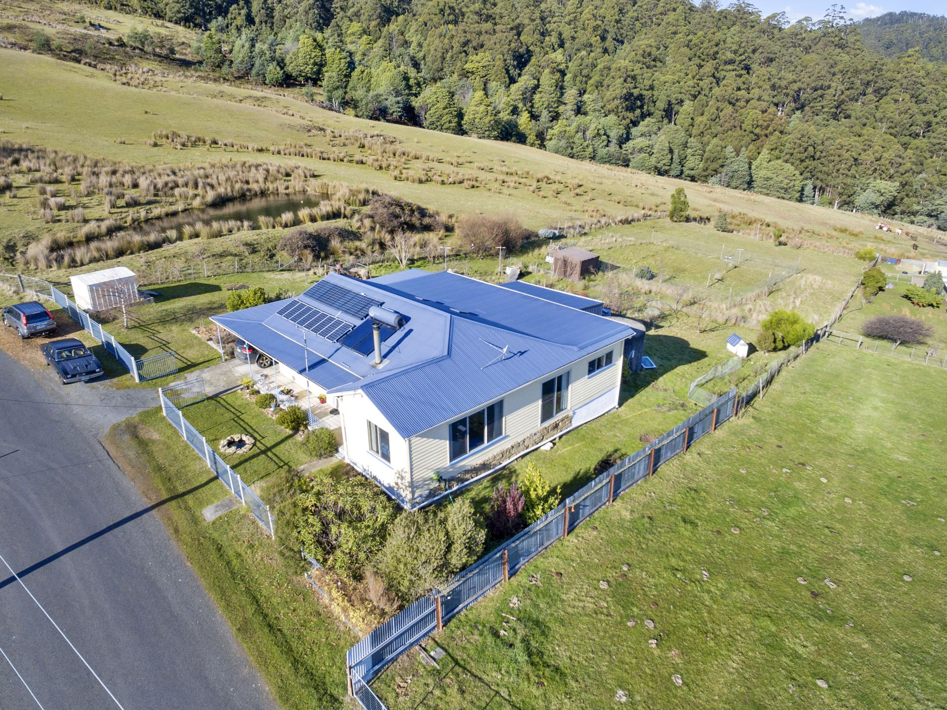 589 Woodbridge Hill Road, Gardners Bay