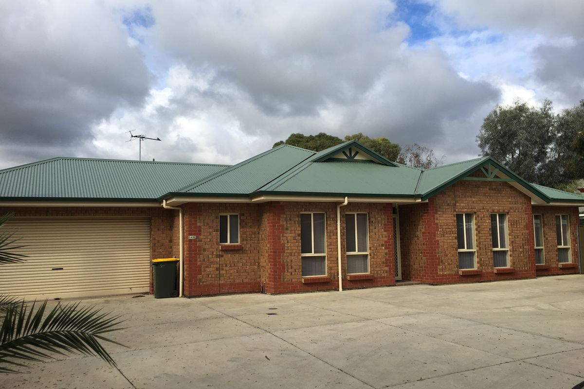 Great location with reverse cycle air-conditioning/heating, and double carport