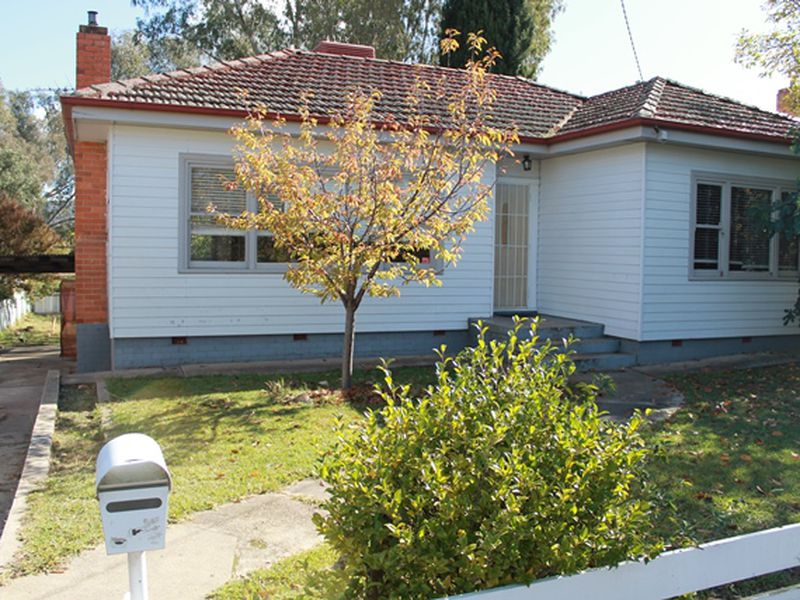 953 WAUGH ROAD, Albury
