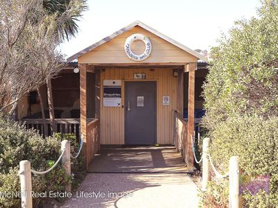 62-64 Eumeralla Grove, Mount Eliza