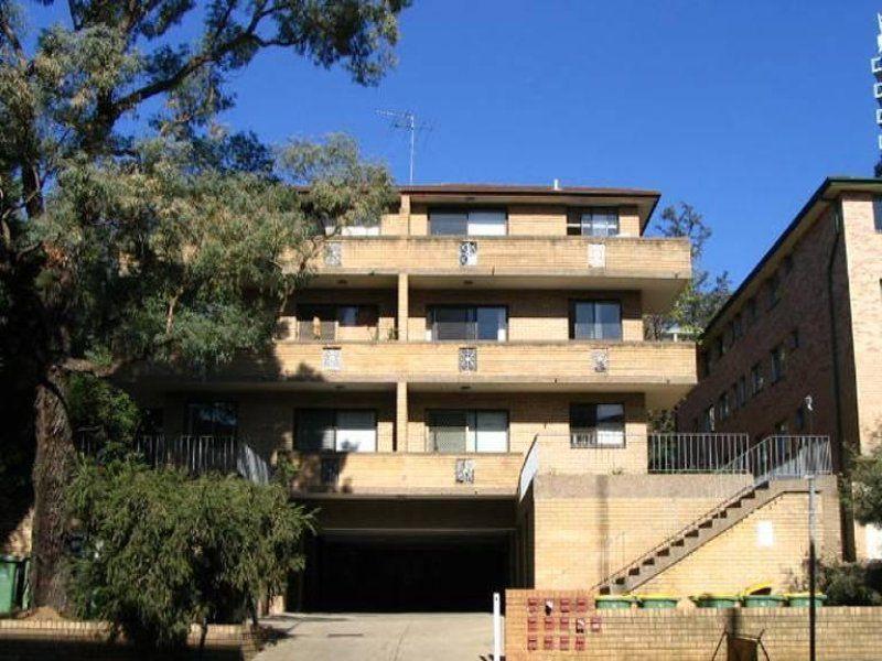 2 / 19 Campbell Street, Parramatta