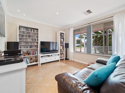 47 River Bank Boulevard, South Guildford