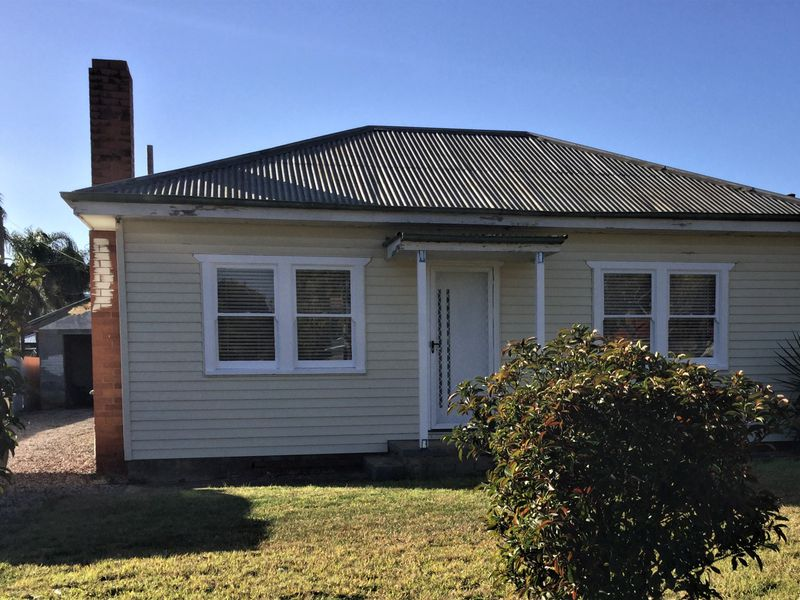 27 Griffin Avenue, Griffith