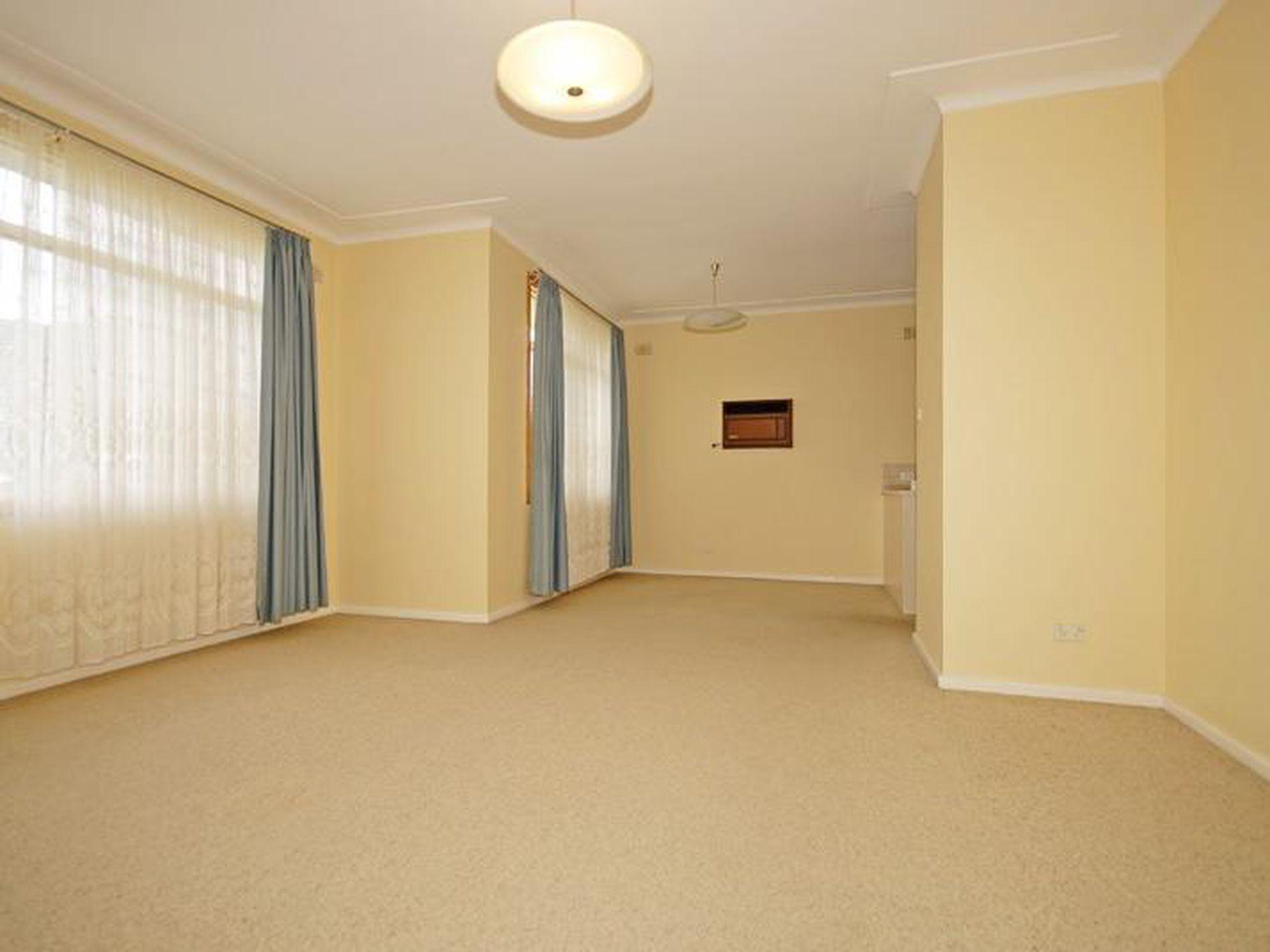 45 Avon Road, North Ryde