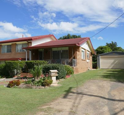 6 Bruce Parade, Glass House Mountains