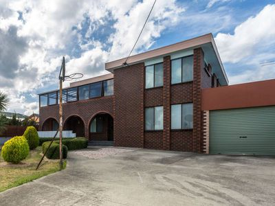 5 Teal Court, Newnham
