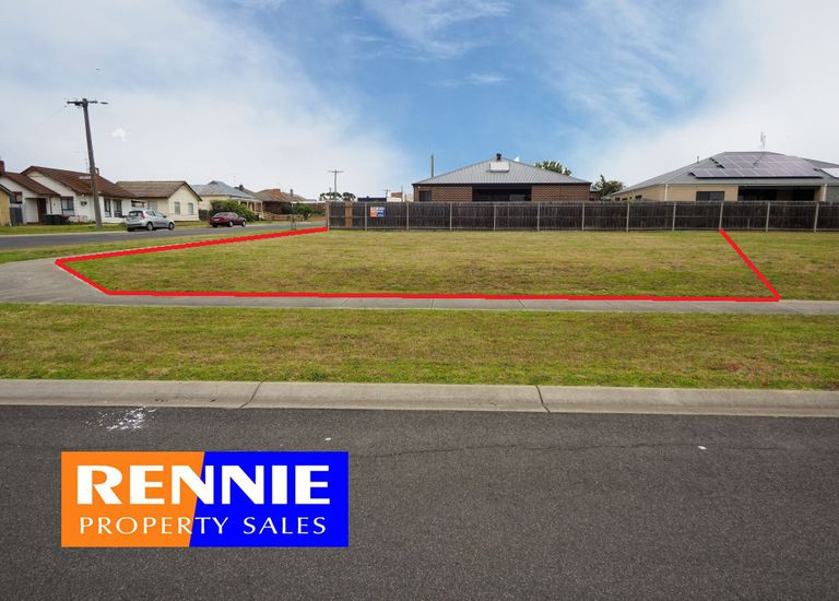 1 Shelby Crescent, Morwell