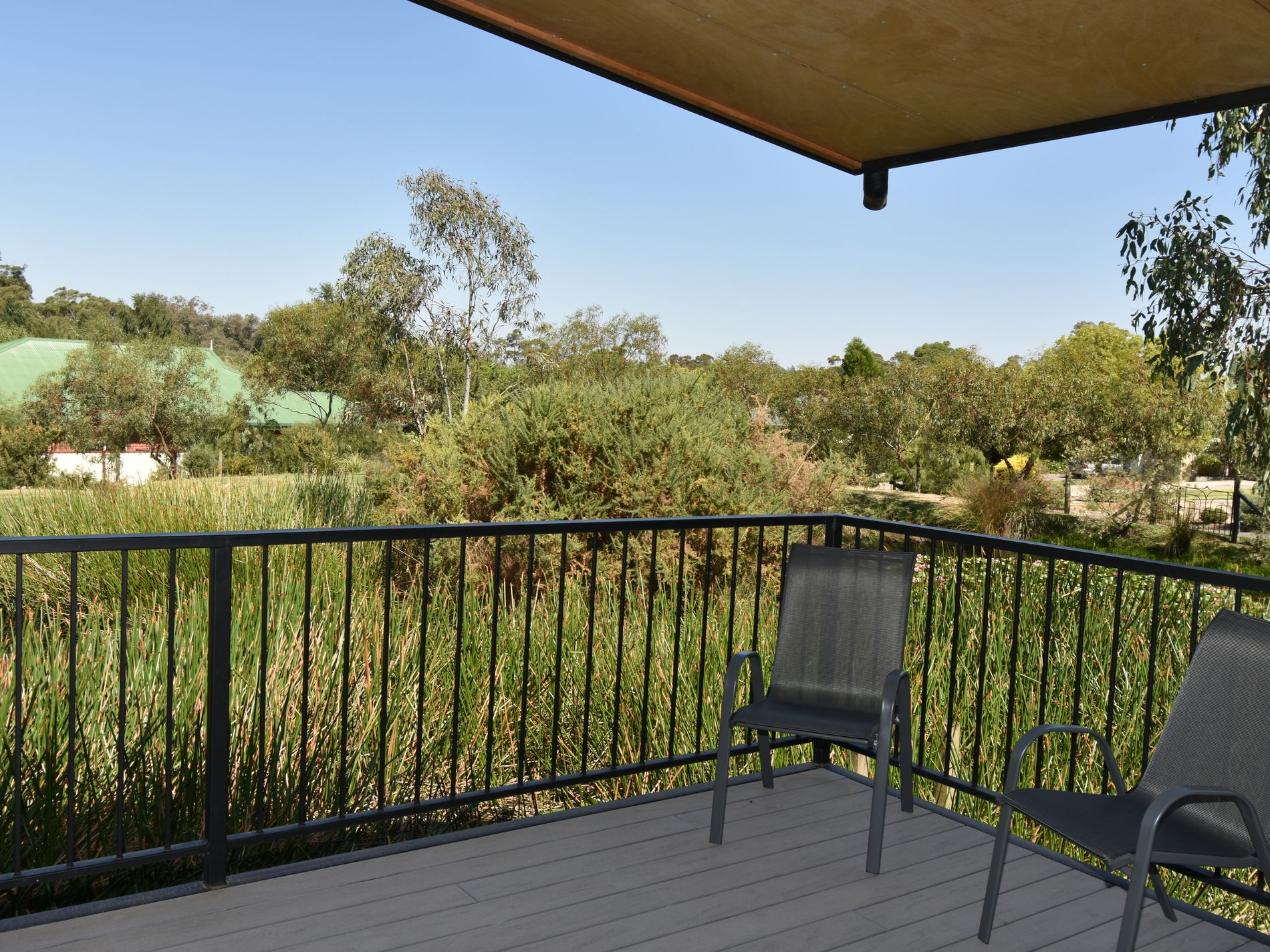 18E NANKERVIS COURT, Beechworth