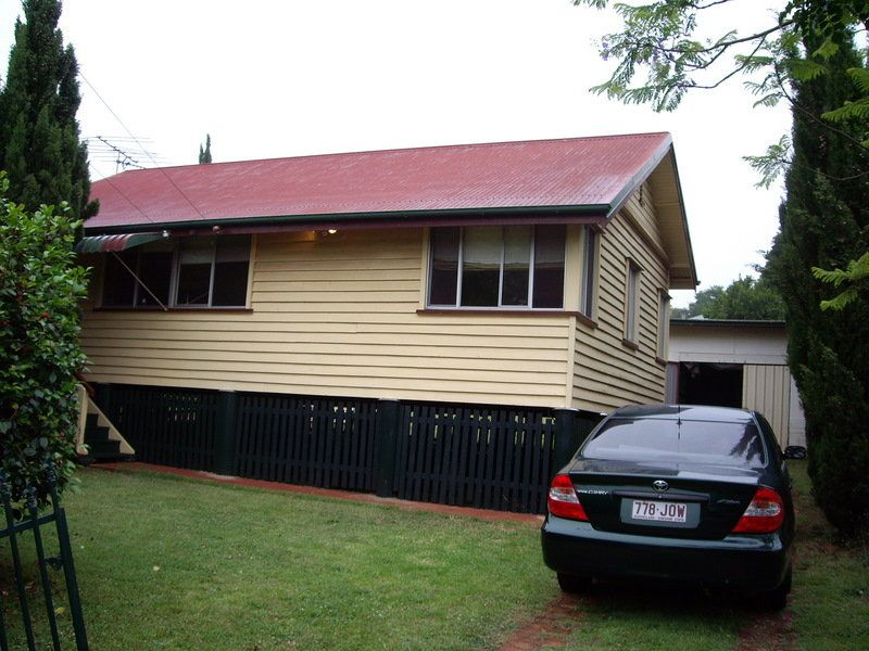 12 Yeates Street, Toowoomba