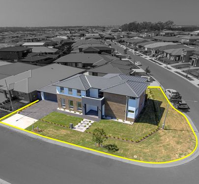 32 Howards Loop , Oran Park