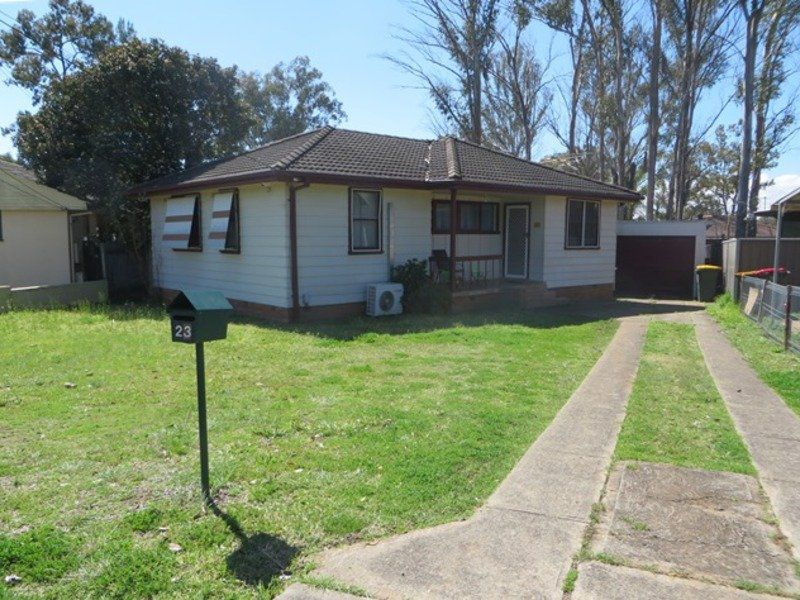 23 Bunsen Avenue, Emerton