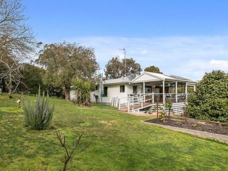 3 Edwards Street, Meeniyan via. , Leongatha