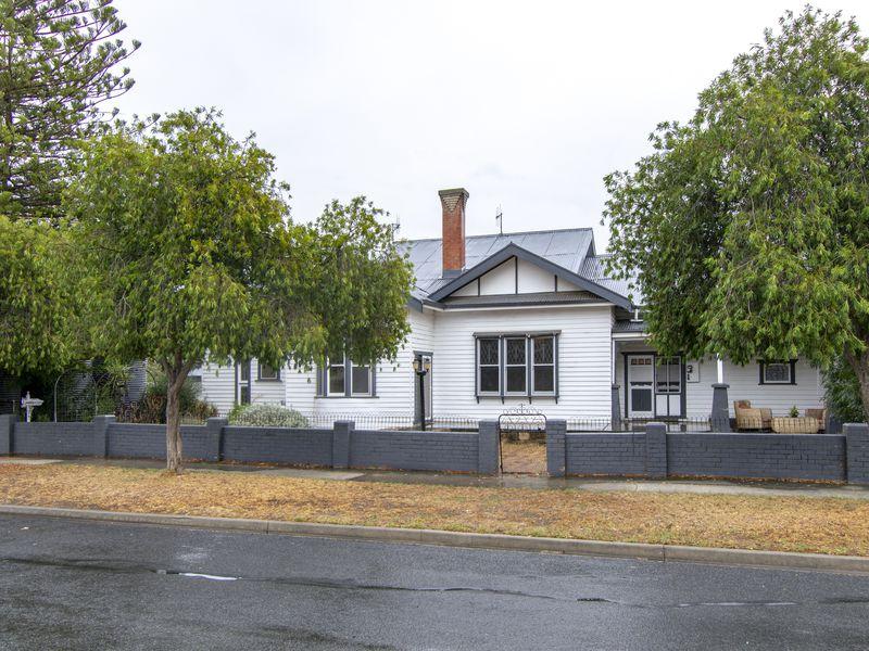 2 Campbell Street, Nhill
