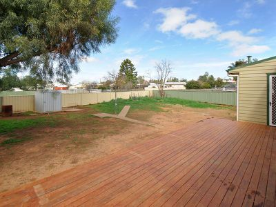 23 Thompson Crescent, Tamworth