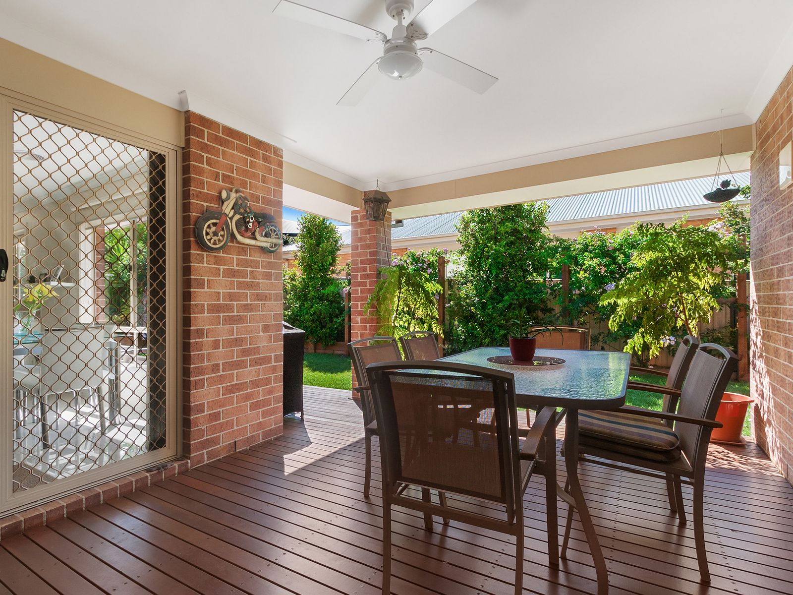 6 Waters Edge Place, Drouin