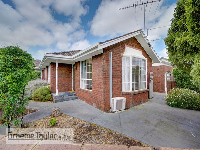 108 Minerva Road, Manifold Heights