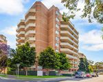 27 / 2 Pound Road, Hornsby