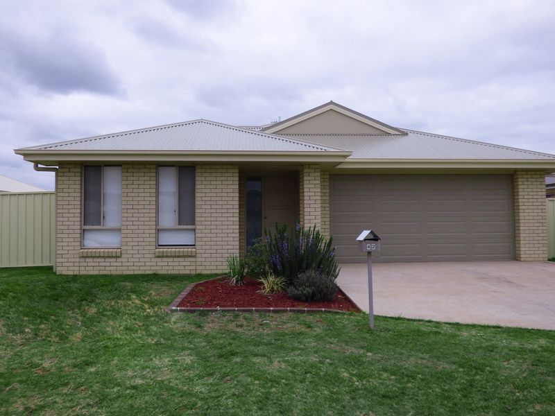 42 Madden Drive, Griffith