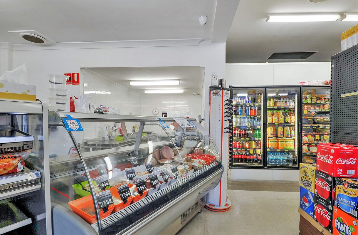 IGA X-press Greenwell Point | First National Real Estate Nowra