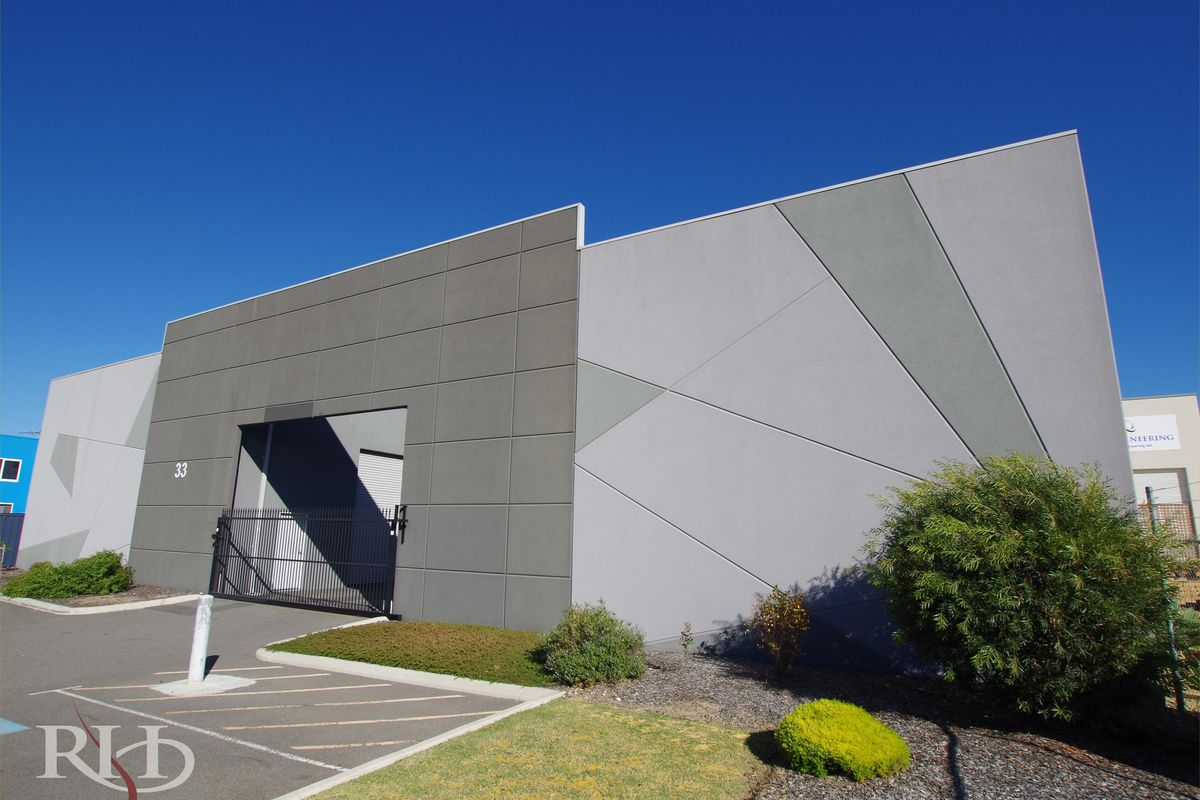 95m² Warehouse / Storage Unit - Lease or Buy!