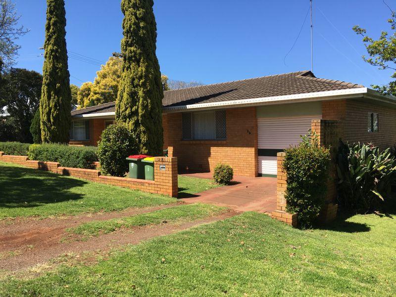 24 Gentle Street, East Toowoomba