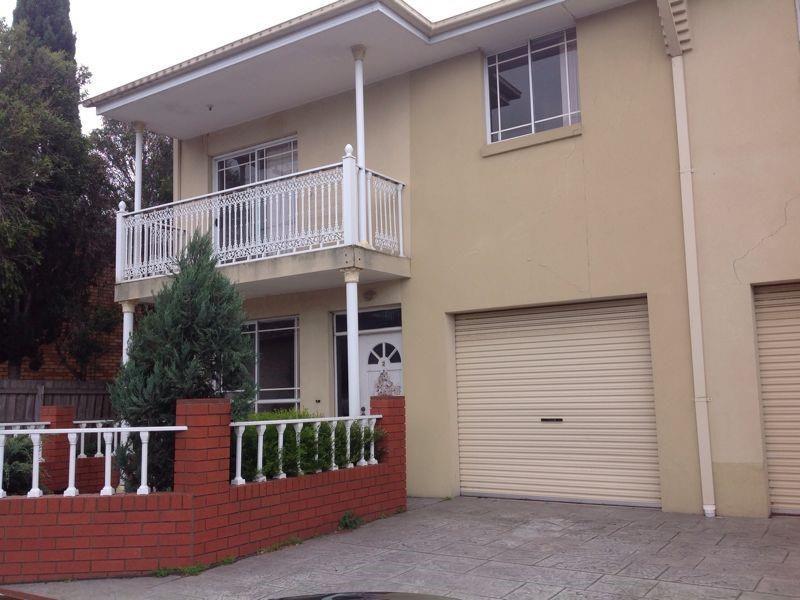 2/8 Eldridge Street, Footscray