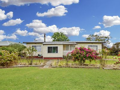 21 Mount Clay Road, Heywood