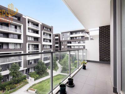 525 / 2 Half Street, Wentworth Point