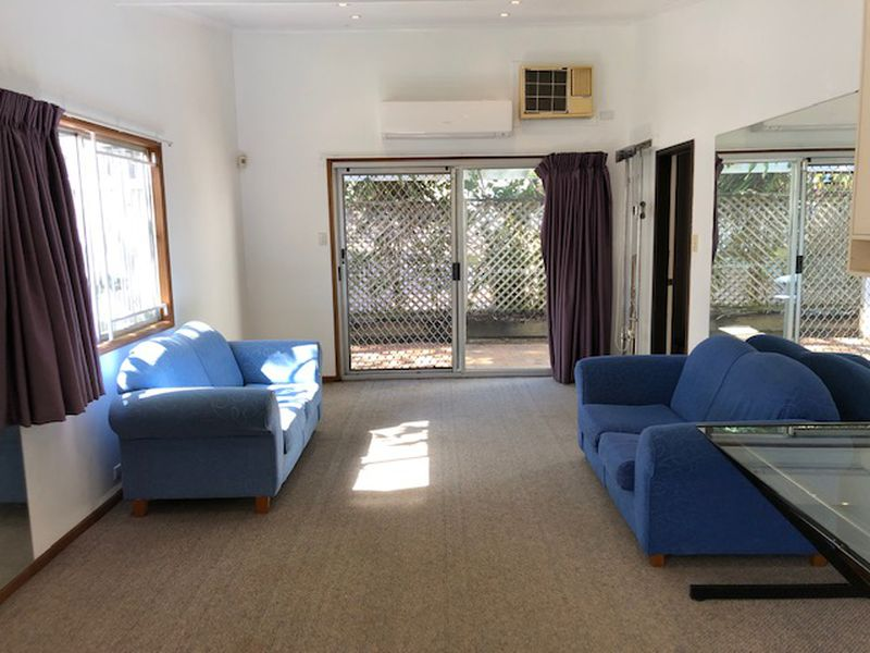1 / 219 Manly Rd, Manly West