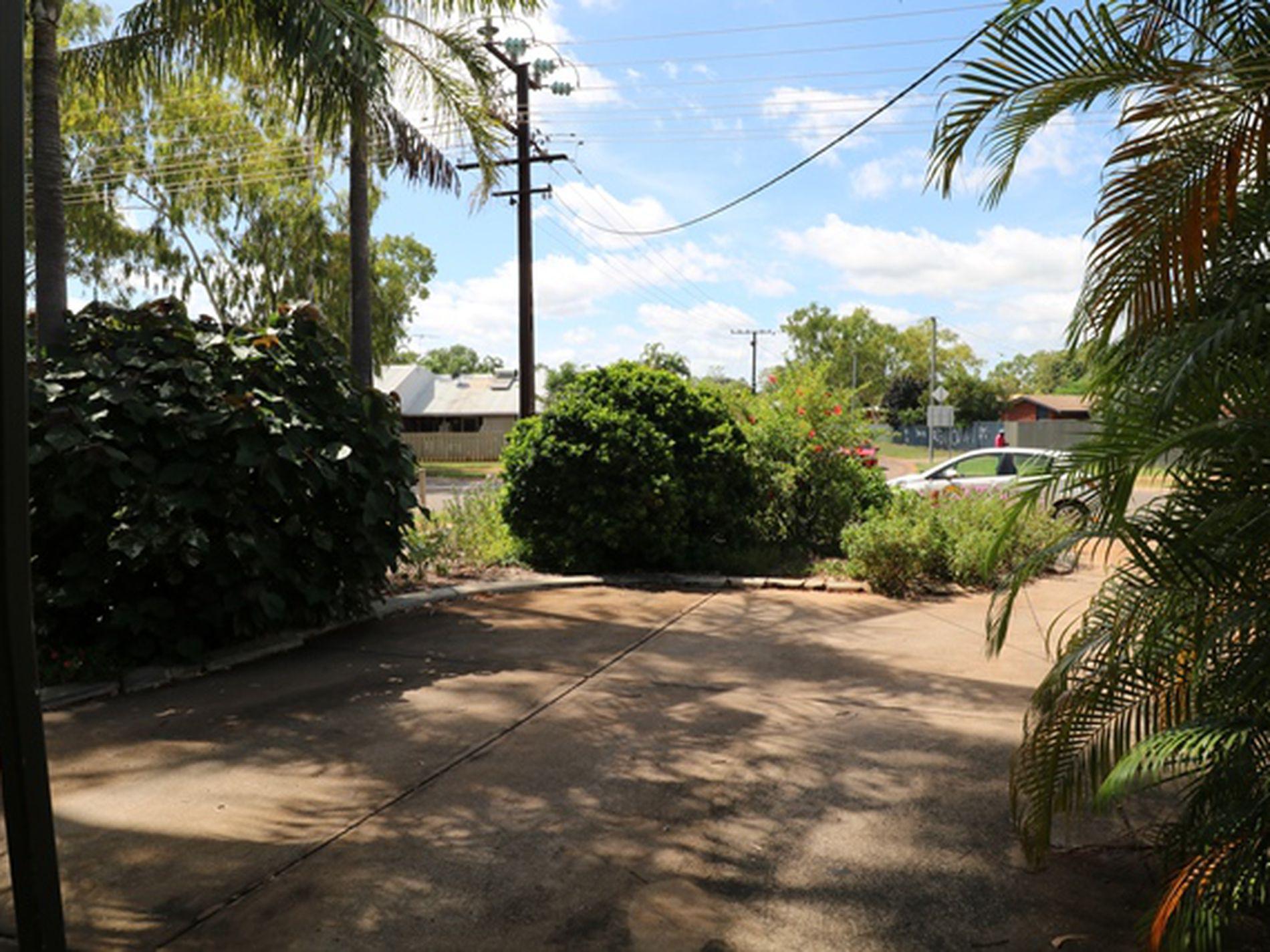 Unit 2 / 9 Grevillea Road, Katherine