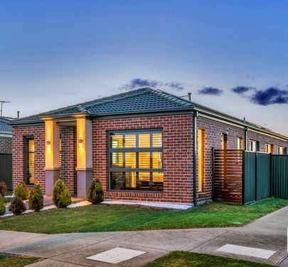 65 WHEELERS PARK DRIVE, Cranbourne North