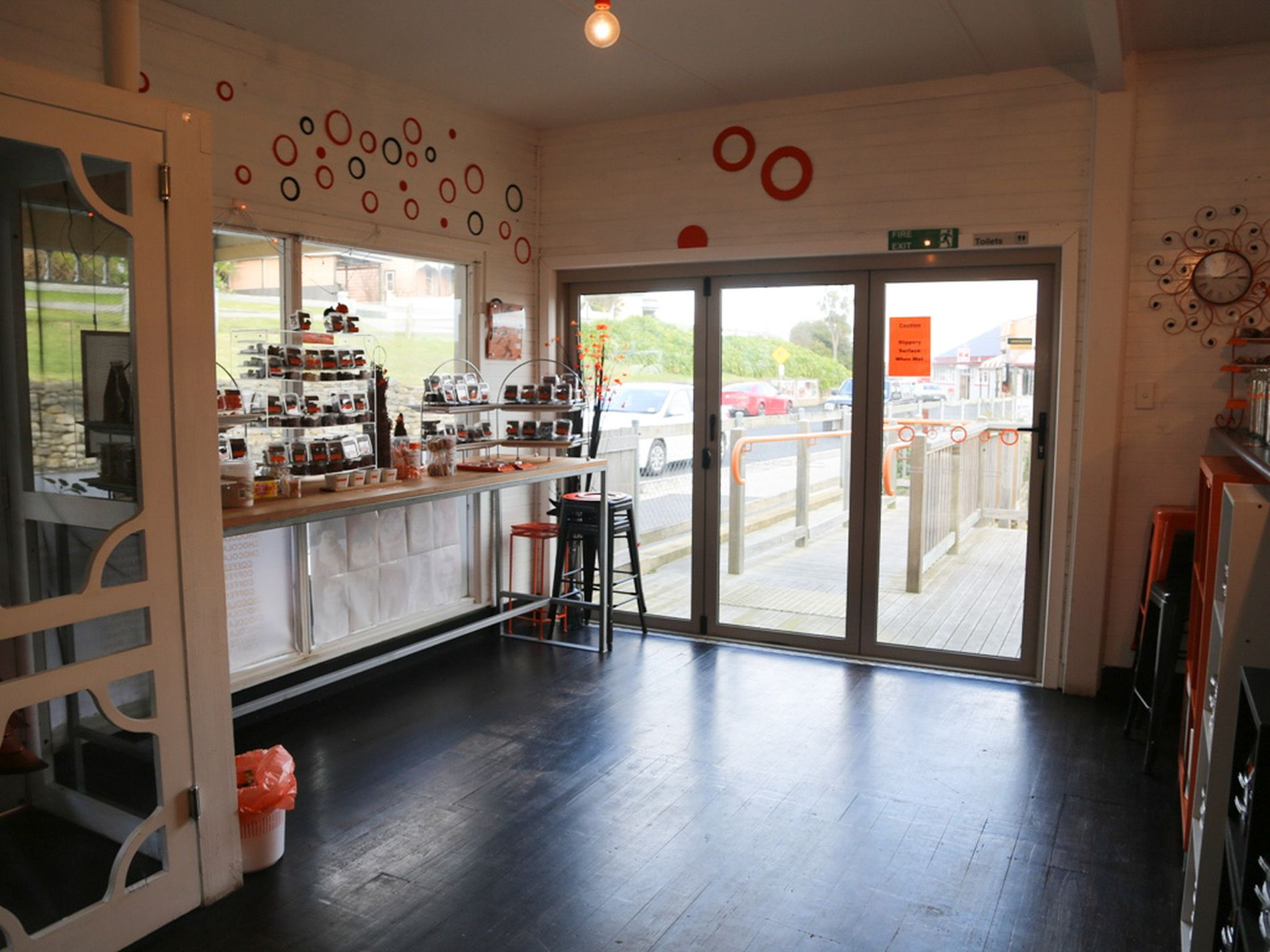 Stanley Chocolate Gallery & Cafe' WIWO