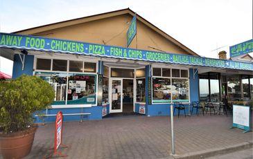 Lee's Blue Lime Cafe & Deli