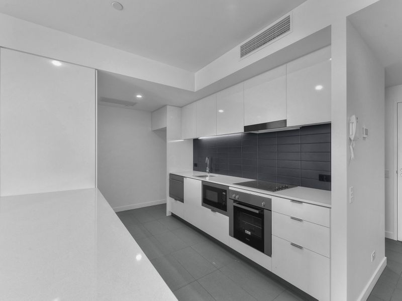 1402 / 10 Trinity Street, Fortitude Valley