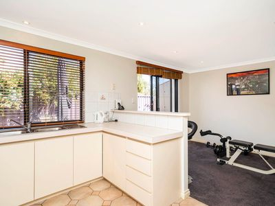 4 / 54 Calais Road, Scarborough
