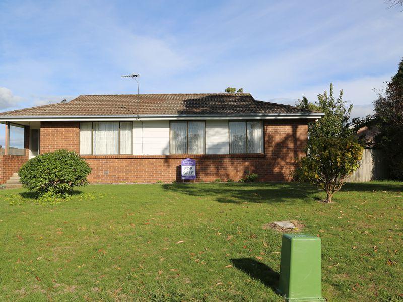 5 Lialeeta Crescent, Smithton