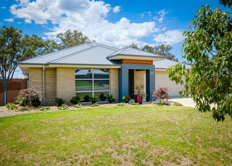 33 Litchfield Drive, Thurgoona
