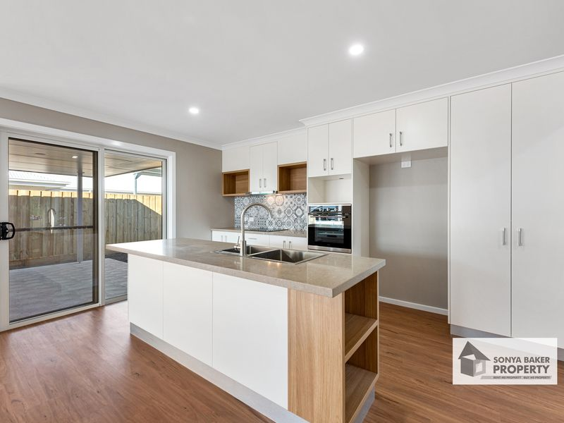 8 Hill Court, Wynyard