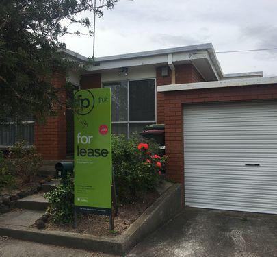 2 / 10 Stradling Avenue, Geelong