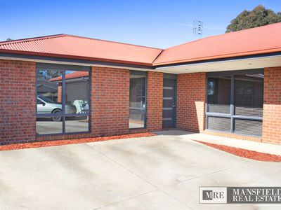 10 Farrall Court, Mansfield