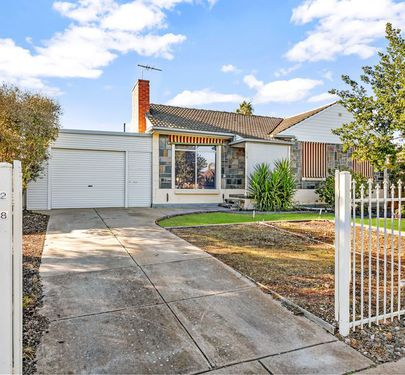 218 Midway Road, Elizabeth Downs