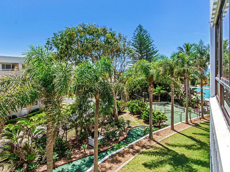 2 F / 973 Gold Coast Hwy, Palm Beach