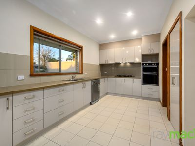 362 Sioux Court, Lavington