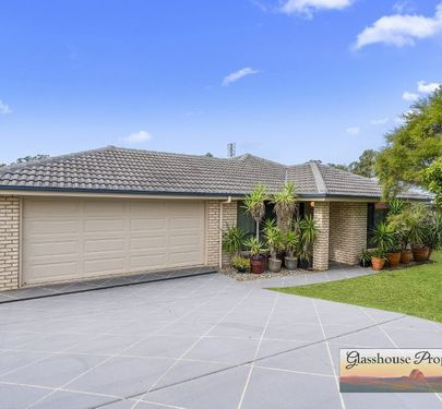 35 Kirsten Drive, Glass House Mountains